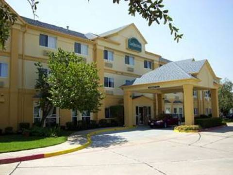 La Quinta Inn and Suites Dallas Northwest Highway