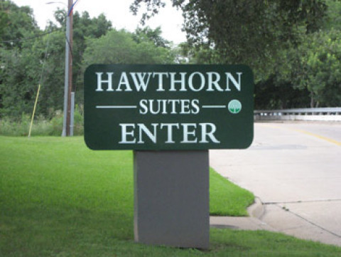 Hawthorn Suites Dallas Market Center