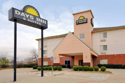 Days Suites Dallas Tx