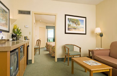 Best Western Deerfield Beach Hotel & Suites