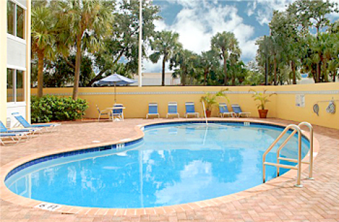La Quinta Inn & Suites Deerfield Beach