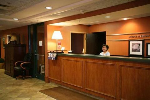 HAMPTON INN DENVER AIRPT