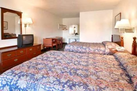 Super 8 Motel - Durham/University Area, NC