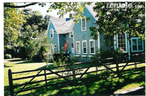 The Arbor Inn - Bed and Breakfast in Edgartown