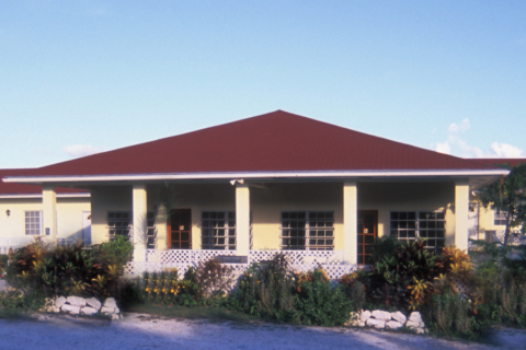 Surfers Manor - Bed and Breakfast in Eleuthera Island