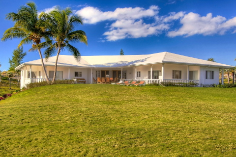 7 Palms 6 Bedroom Beachfront Property - Vacation Rental in Eleuthera Island