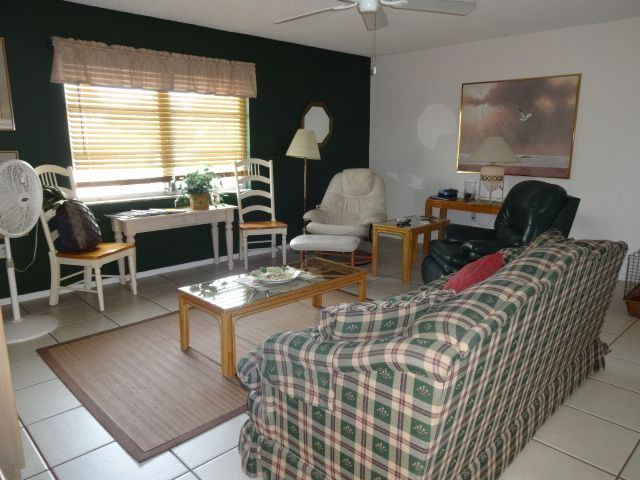 Spotless Affordable Accommodation! - Vacation Rental in Englewood