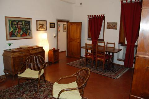 Medieval area house in front of Palazzo Vecchio - Vacation Rental in Florence