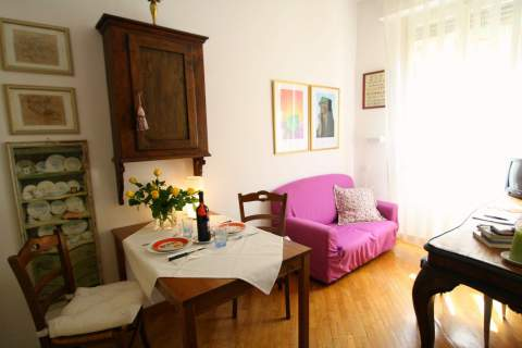 Ponte Vecchio with balcony - Vacation Rental in Florence