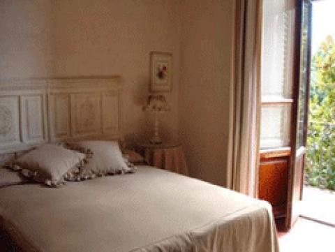 A Casa Serena - Bed and Breakfast in Florence