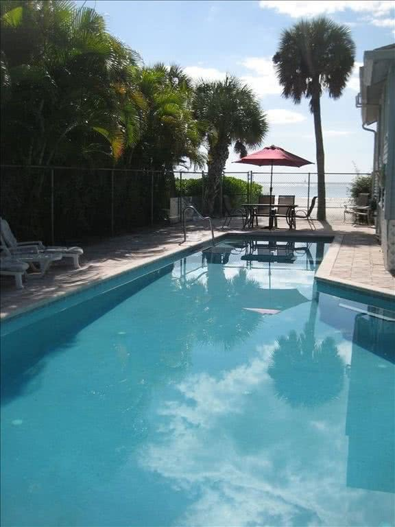 Spectacular Home, Directly on Beach, 46'  Pool - Vacation Rental in Fort Myers Beach