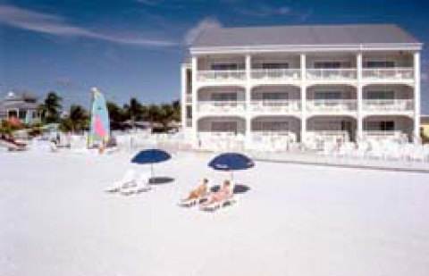 Fort Myers Beach Hotel Pierview