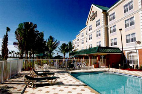 Country Inn and Suites - Sanibel Gateway