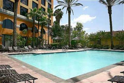 Crowne Plaza Resort Anaheim