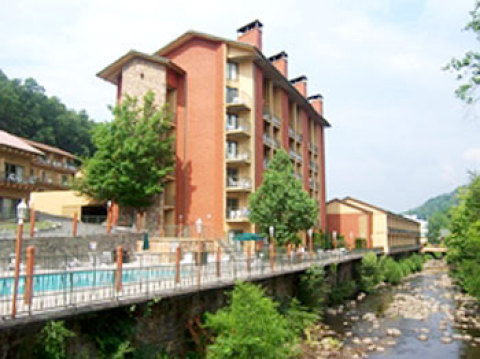 River Terrace Resort