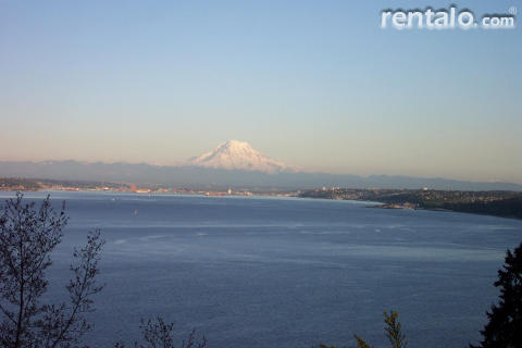 Seacliff  Guest House - Vacation Rental in Gig Harbor