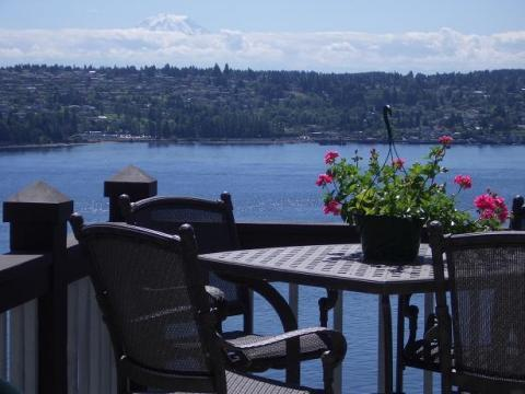 Wurlitzer Manor Vacation and Business Guest Homes - Vacation Rental in Gig Harbor