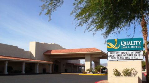 Quality Inn & Suites - Hotel in Grand Lake Stream