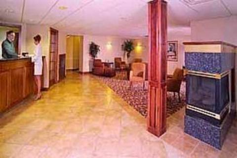 Quality Inn And Sts Green Bay