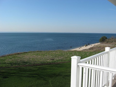 Luxury Waterfront Condo Greenport NY- Privately Ow - Vacation Rental in Long Island
