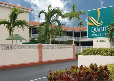Quality Inn & Suites Hollywood - Hotel in Hallandale