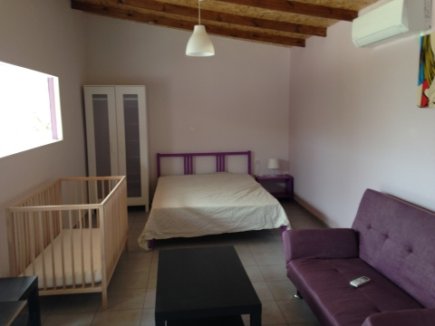 Colorful Luxury Studio Near Beach and Airport - Vacation Rental in Heraklion