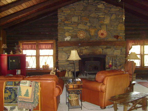 Fisherman's Retreat - Hayesville Chalet/Pool Table - Vacation Rental in Hayesville