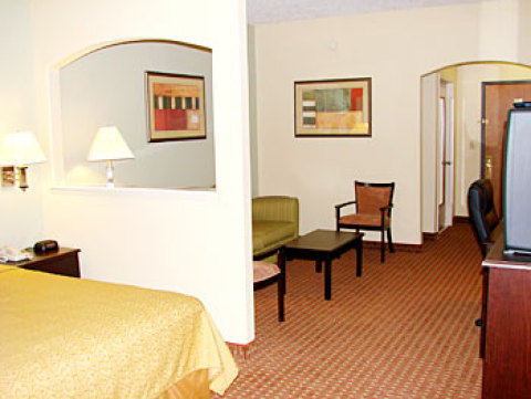 Best Western Greenspoint Inn and Suites