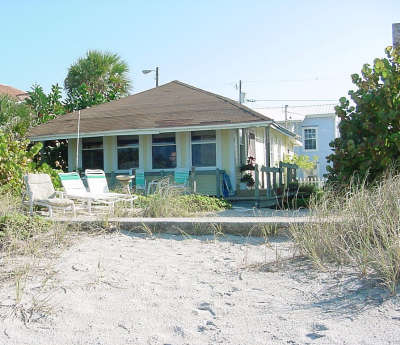 Historic Beachfront Cottages - Scruggs Harbor - Vacation Rental in Indian Rocks Beach