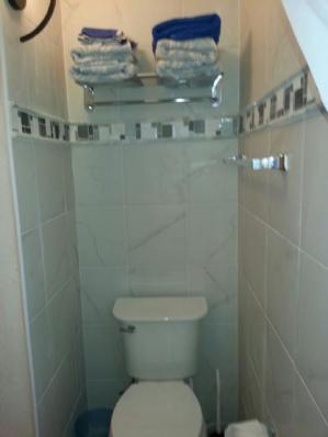 Unit 3 bathroom
