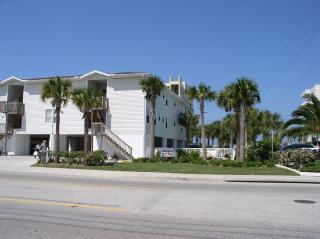 Beachside Villa - Vacation Rental in Indian Rocks Beach