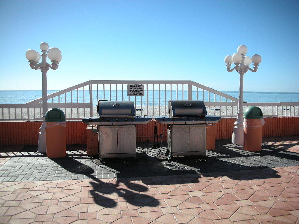 grills on pool deck