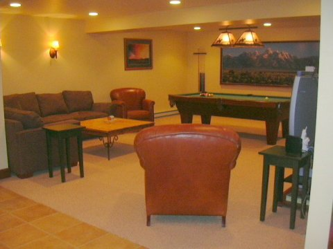 Rec room with pool table - Jackson Hole Vacation Homes