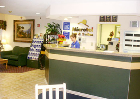 Microtel Inn and Suites (Butler Blvd./Southpoint)