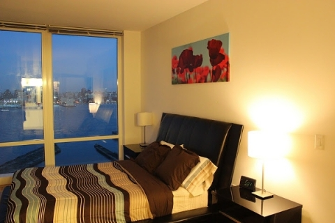 Furnished Suites Facing the Manhattan Skyline - Vacation Rental in Jersey City