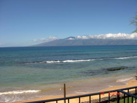 2 bedroom - West Maui - BEACHFRONT! - Vacation Rental in Kaanapali