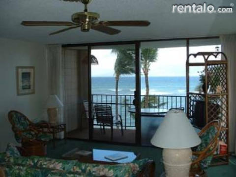 Oceanfront condo with spectacular 2 island view - Vacation Rental in West Maui