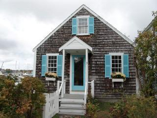Kennebunkport Maine Charming harborside cottage - Vacation Rental in Kennebunkport