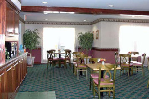 Country Inn Stes Knoxville E