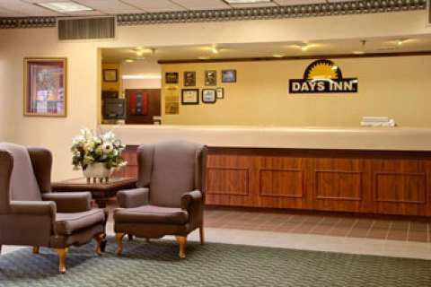 Knoxville Days Inn - North