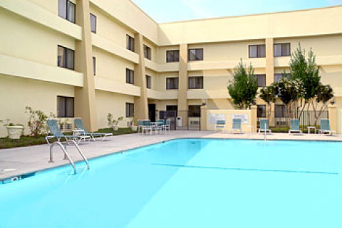 Baymont Inn & Suites Knoxville West