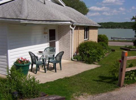 DUFFYS COTTAGES & SUITES - Vacation Rental in Lake Geneva