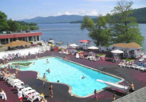 The Georgian Resort Hotel and Conference Center - Hotel in Lake George