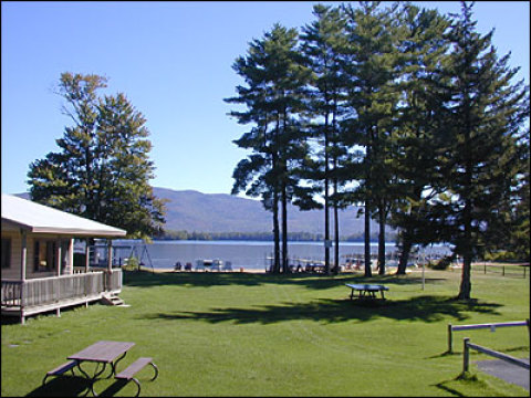 Mt. Knoll Beach Cottages - Vacation Rental in Lake George