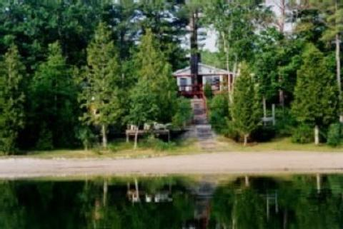 Lake Ann Vacation & Cottage Rentals - Vacation Rental in Lake Michigan