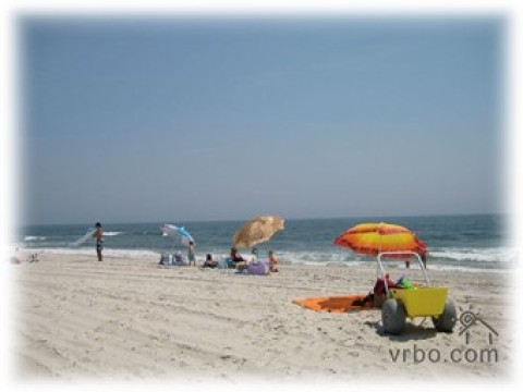 Steps to Private Beach/EZ commute to Manhattan - Vacation Rental in Lido Beach