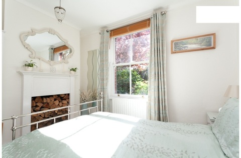 Tidy guest room near central london - Vacation Rental in London