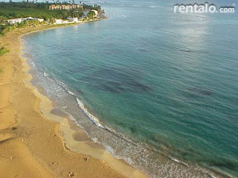 Playa Azul Apartment Rental in Luquillo - Vacation Rental in Luquillo