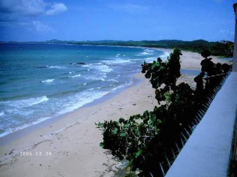 Three Bedroom House With Swimming Pool - Vacation Rental in Luquillo