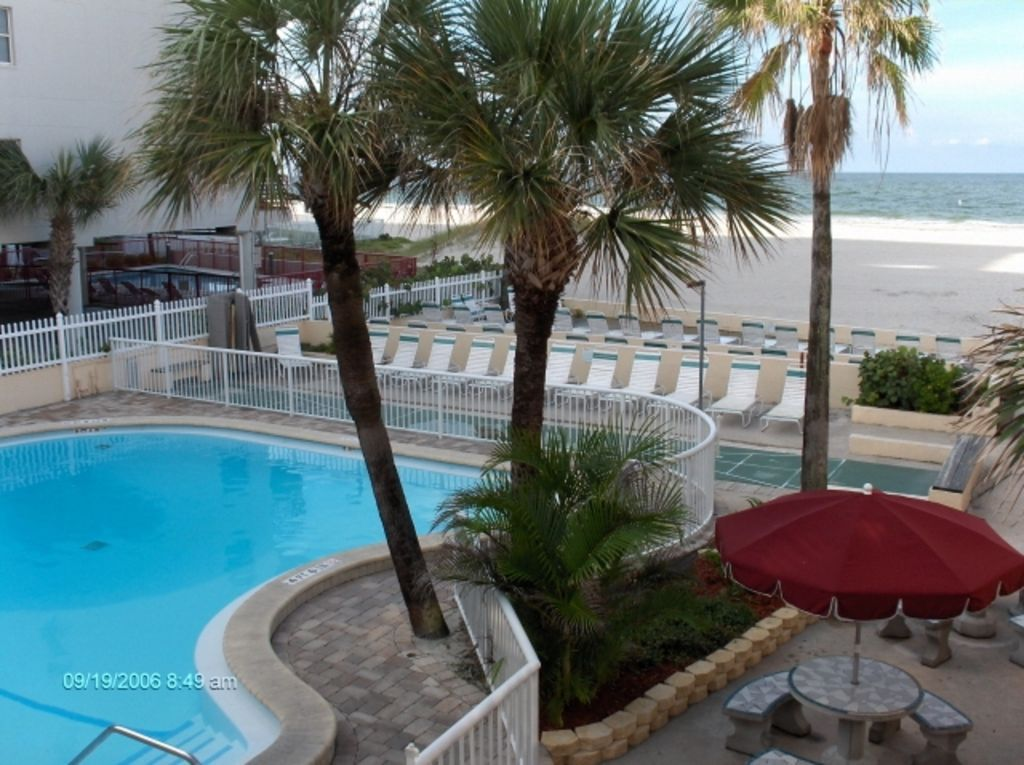 Surf Song Resort #343 - Vacation Rental in Madeira Beach